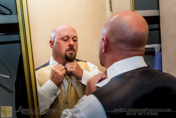 Getting ready for the wedding of Sarah Moore and Mike Schuette photographed Saturday October 27, 2012 at the Cherry Valley Lodge in Granville Ohio. (© James D. DeCamp   http://OurDreamPhotos.com   614-367-6366)