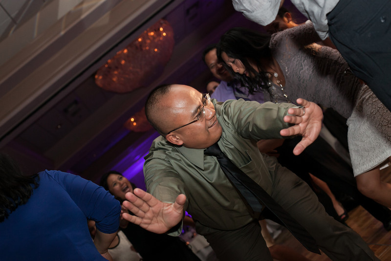 1038-130712-merriam-derrick-wedding-©8twenty8-Studios