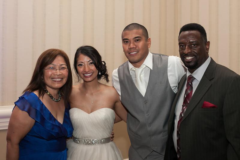 1041-130712-merriam-derrick-wedding-©8twenty8-Studios