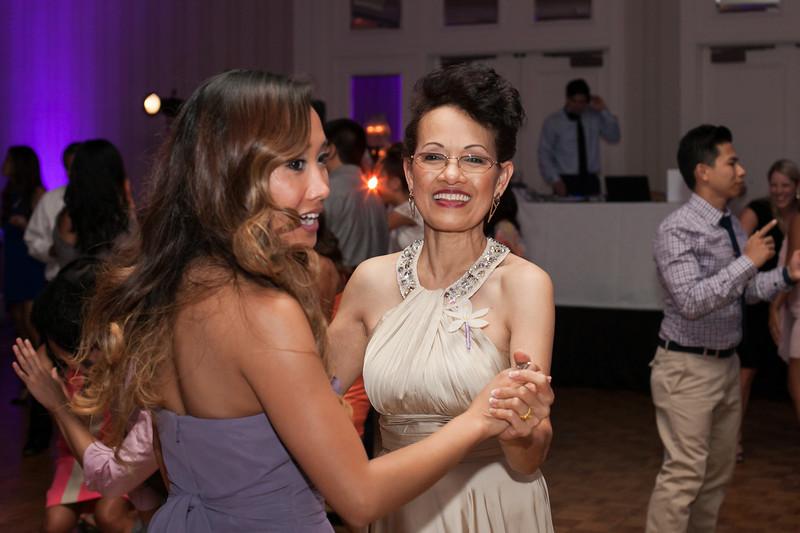 1028-130712-merriam-derrick-wedding-©8twenty8-Studios-2