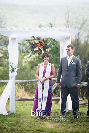 Sarah-and-Greg_Wedding_BLM-6386_08-22-15 - ©BLM Photography 2015