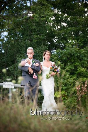 Sarah-and-Greg_Wedding_BLM-6412_08-22-15 - ©BLM Photography 2015