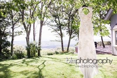 Sarah-and-Greg_Wedding_BLM-5177_08-22-15 - ©BLM Photography 2015