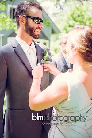 Sarah-and-Greg_Wedding_BLM-5802_08-22-15 - ©BLM Photography 2015