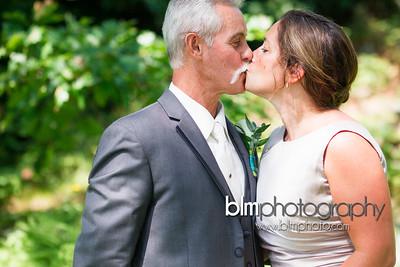 Sarah-and-Greg_Wedding_AB-4551_08-22-15 - ©BLM Photography 2015