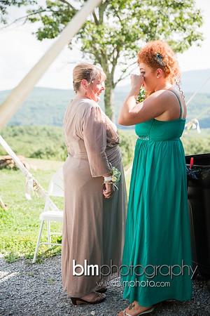 Sarah-and-Greg_Wedding_BLM-6747_08-22-15 - ©BLM Photography 2015