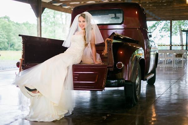 courtney-mayhew-bridal-15