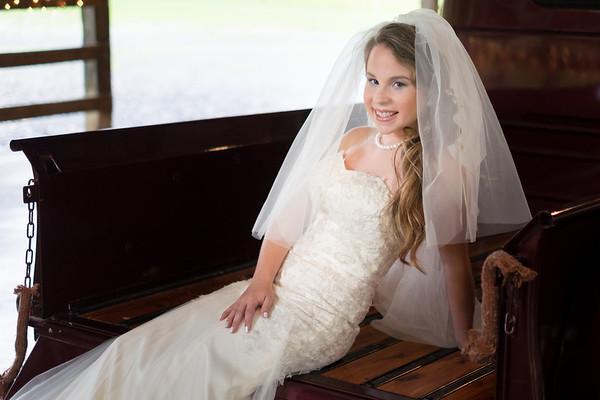 courtney-mayhew-bridal-17