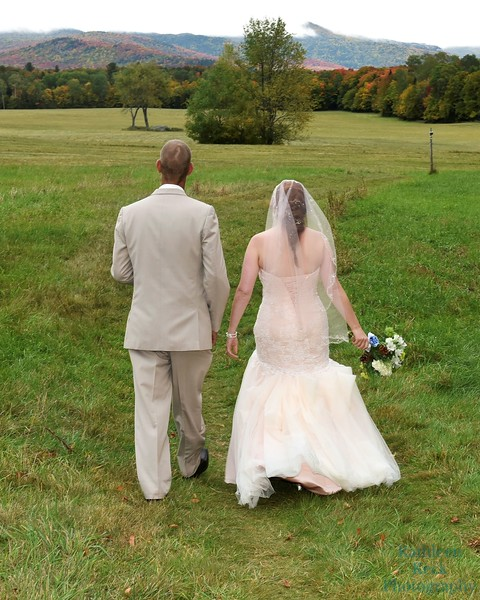 10-1-16 Shannon and Jason Walking Trail  (123)
