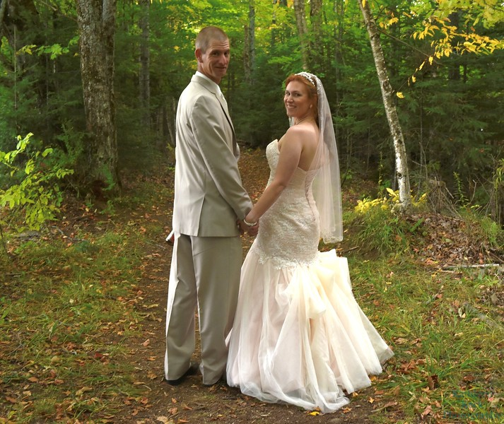 10-1-16 Shannon and Jason Walking Trail  (134)