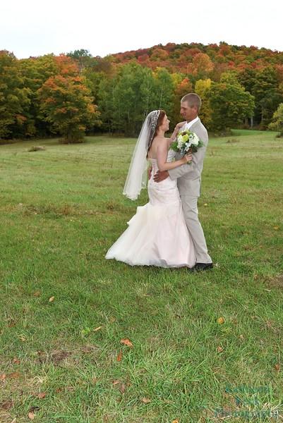 10-1-16 Shannon and Jason Walking Trail  (107)