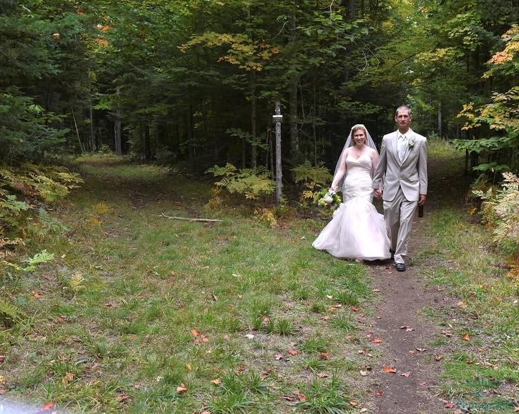 10-1-16 Shannon and Jason Walking Trail  (142)