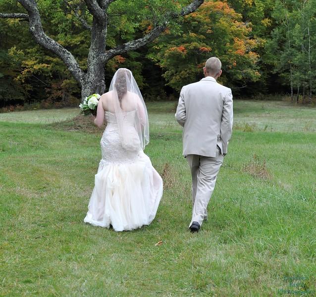 10-1-16 Shannon and Jason Walking Trail  (9)