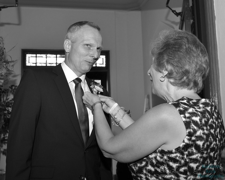9-30-17 K and R Wedding and Group Photos (27) bw