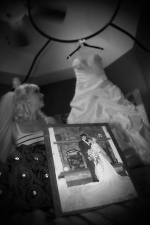 AMBER GETTING READY CATHERINE KRALIK PHOTOGRAPHY  (31)