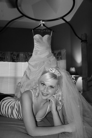 AMBER GETTING READY CATHERINE KRALIK PHOTOGRAPHY  (17)