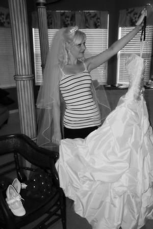 AMBER GETTING READY CATHERINE KRALIK PHOTOGRAPHY  (35)