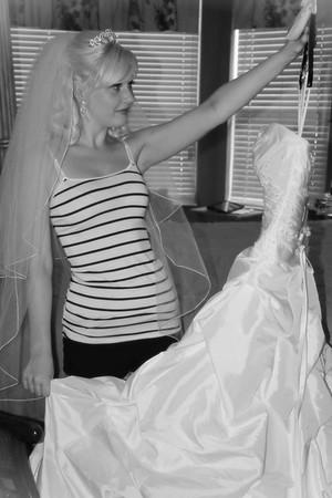 AMBER GETTING READY CATHERINE KRALIK PHOTOGRAPHY  (37)