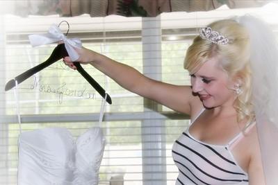 AMBER GETTING READY CATHERINE KRALIK PHOTOGRAPHY  (52)