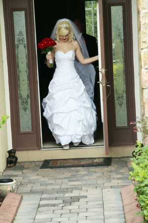 AMBER LEAVING FOR CEREMONY CATHERINE KRALIK PHOTOGRAPHY  (17)