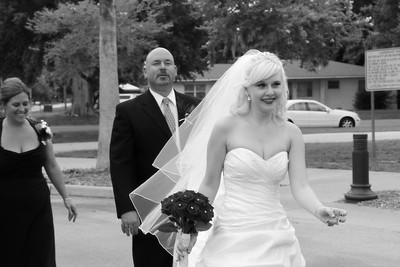 AMBER LEAVING FOR CEREMONY CATHERINE KRALIK PHOTOGRAPHY  (80)