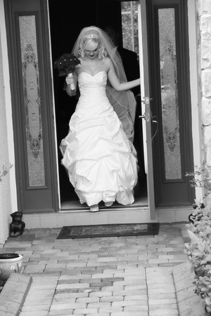 AMBER LEAVING FOR CEREMONY CATHERINE KRALIK PHOTOGRAPHY  (18)
