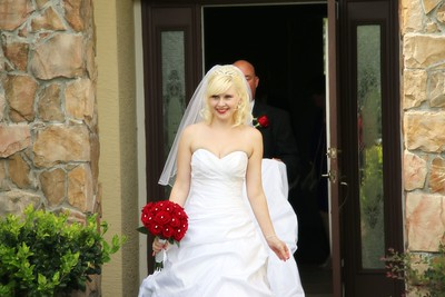 AMBER LEAVING FOR CEREMONY CATHERINE KRALIK PHOTOGRAPHY  (21)