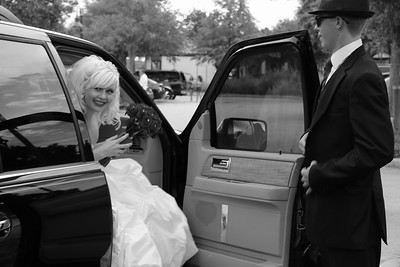 AMBER LEAVING FOR CEREMONY CATHERINE KRALIK PHOTOGRAPHY  (60)