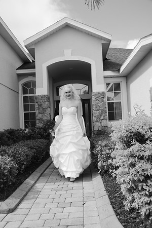 AMBER LEAVING FOR CEREMONY CATHERINE KRALIK PHOTOGRAPHY  (31)
