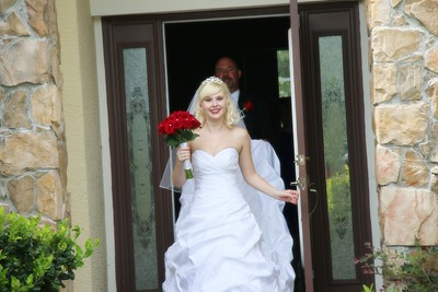 AMBER LEAVING FOR CEREMONY CATHERINE KRALIK PHOTOGRAPHY  (19)