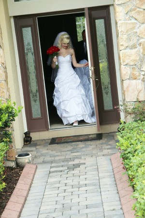 AMBER LEAVING FOR CEREMONY CATHERINE KRALIK PHOTOGRAPHY  (15)