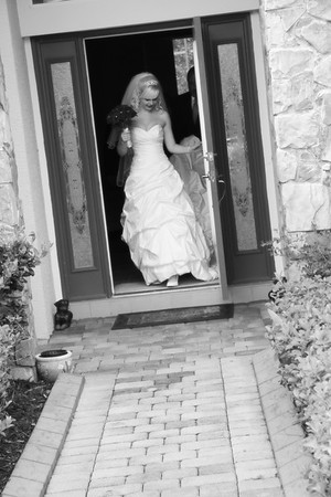 AMBER LEAVING FOR CEREMONY CATHERINE KRALIK PHOTOGRAPHY  (16)