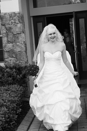 AMBER LEAVING FOR CEREMONY CATHERINE KRALIK PHOTOGRAPHY  (28)