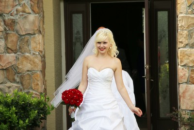 AMBER LEAVING FOR CEREMONY CATHERINE KRALIK PHOTOGRAPHY  (23)