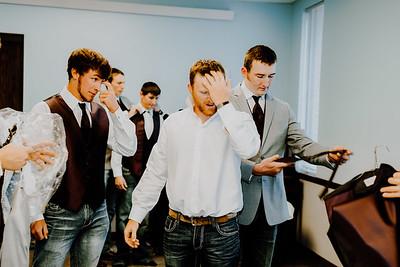 00027--©ADHphotography2018--AaronShaeHueftle--Wedding--September29