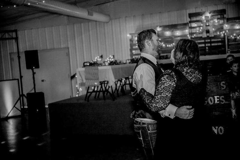 03706--©ADHphotography2018--AaronShaeHueftle--Wedding--September29