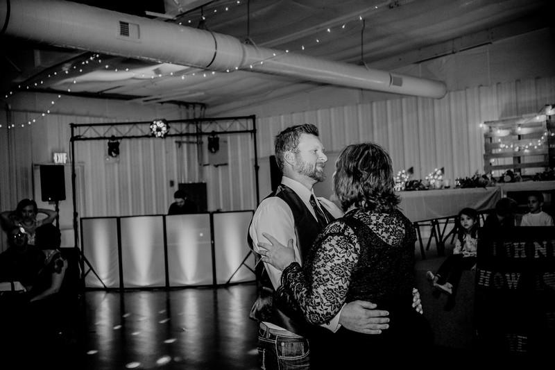 03698--©ADHphotography2018--AaronShaeHueftle--Wedding--September29