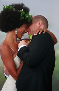 Aaron_renee_Bride_n_groom_014