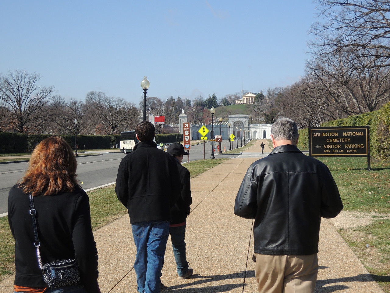 Heading into Arlington National Cemetary.