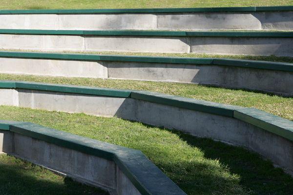 Amphitheater seating