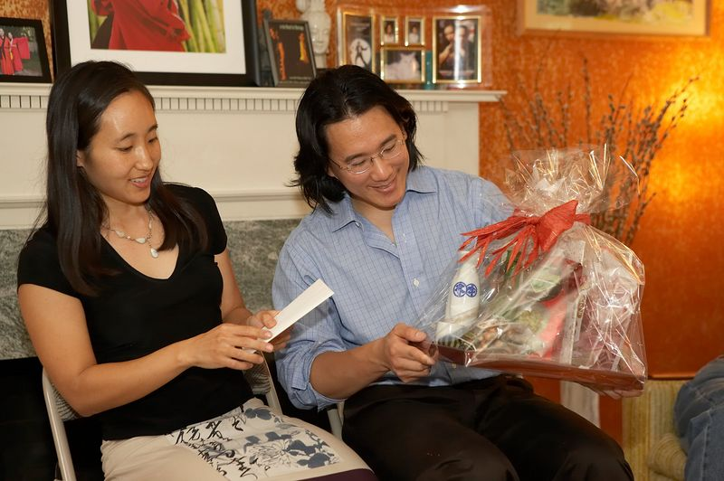 Adam and Rae receive gifts