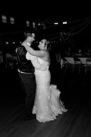 01676©ADHphotography2021--Broadfoot--Wedding--April24BW
