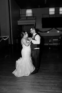 01679©ADHphotography2021--Broadfoot--Wedding--April24BW