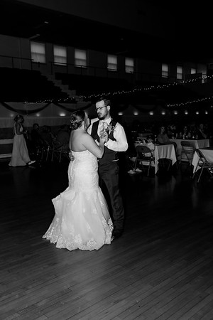 01675©ADHphotography2021--Broadfoot--Wedding--April24BW