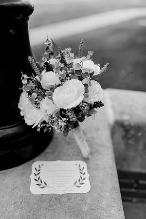 00001©ADHphotography2021--Broadfoot--Wedding--April24BW