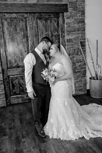 00827©ADHphotography2021--Broadfoot--Wedding--April24BW