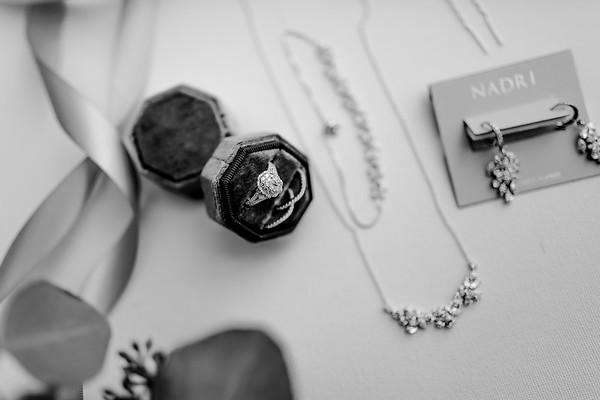 00010©ADHPhotography2020--AlexSarahGass--Wedding--September19bw