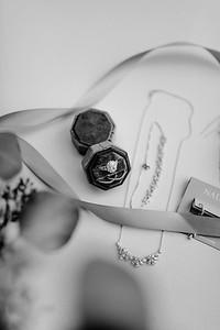 00005©ADHPhotography2020--AlexSarahGass--Wedding--September19bw