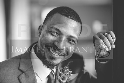 yelm_wedding_photographer_Charles_0087_DS8_9174