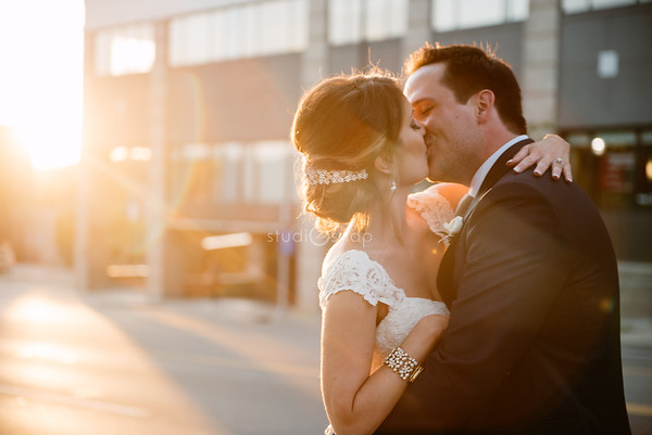 Amanda & Matt | Wedding | Vinology, Ann Arbor